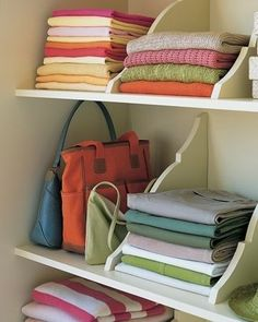 Shelf Dividers - this is a good idea for Indian style closets. keep the shelves narrow, add shelf dividers, and add smaller storage shelves to the doors.