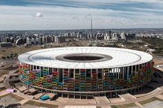 """Proyecto """"Casa Futebol"""" propone la re apropiación residencial de los estadios de Brasil 2014"""