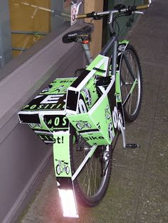 That's ingenuity! With elections over, repurpose coroplast campaign signs into bicycle panniers and fenders. Election Signs, Bicycle Crafts, Campaign Signs, Bicycle Panniers, Corrugated Plastic, Dyi Crafts, Stamp Making, Bicycle Accessories, Going To Work
