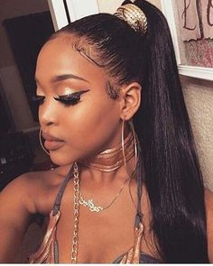 The ULTIMATE Drawstring Ponytail Guide # drawstring ponytail Hairstyles The ultimate Drawstring Ponytail ideas guide - Girl Boss Boutique Ponytail Bun, Sleek Ponytail, Ponytail Hairstyles, Weave Hairstyles, Straight Hairstyles, Girl Hairstyles, Ponytail Ideas, Weave Ponytail, Straight Ponytail
