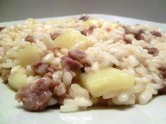 Riso con patate e salsiccia | Ricetta veloce