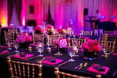 Hot Pink and Black Wedding Tablescape  #CibiEvents #HotPink #Black