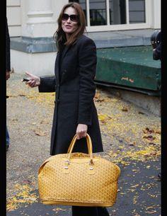 Carla Bruni-Sarkozy et le sac 48h E.Goyard