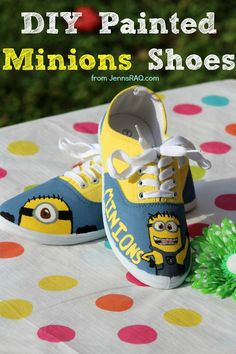 This DIY Painted Minions Shoes tutorial will show you how to paint your own adorable Minions characters onto a pair of canvas shoes. It is unique and fun! Do It Yourself Crafts, Crafts For Kids To Make, Crafts For Teens, Fun Crafts, Painting For Kids, Diy Painting, Shoe Painting, Craft Tutorials, Craft Projects