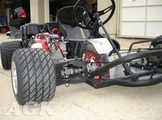 I like the look of that front tire. Notice the power transmission through the steering linkage. Cool! All wheel drive.