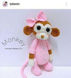 Macaco amigurumi.