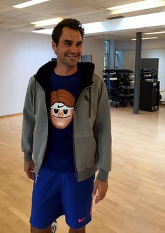 The one and only - Roger Federer back to training !