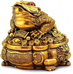 Amazon.com: Large Size Brass Thriving Business Feng Shui Money Frog(Three Legged Wealth Frog or Money Toad) with Treasure Basin Statue, Attract Wealth and Good Luck,Feng Shui Decor: Home & Kitchen Feng Shui Money Frog, Gold Money, Frog Art, Buy Birds, Goddess Lakshmi, Good Luck, Toad, Basin, Sculpture Art