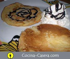 Tortitas con nata y chocolate. Receta casera http://www.cocina-casera.com/2012/04/tortitas-con-nata-y-chocolate-receta.html #recetas Vía: @cocinacasera1