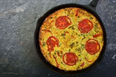 Iron Pan, Frittata, Cooking Recipes, Breakfast, Food, Zucchini, Morning Coffee, Chef Recipes, Essen
