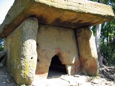 Most people are familiar with the Dolmens strewn throughout the UK and Greater Europe. There are literally thousands of sites. However they are also found in India, Jordon, Turkey and Russia. The majority of Russian Dolmens tend to have a small round opening through which they had to crawl to enter or exit