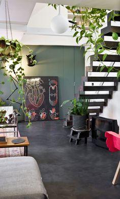 Green living room: color trend - Trend Design Home App 2019 Living Room Green, Home Living Room, Stylish Apartment, Design Home App, Home Decor, Boho Interior, Green Living, Open Living Room, Wall Color