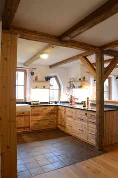 Kitchen Redo, Kitchen Remodel, Sweet Home, Interior Architecture, Interior Design, Cabin Kitchens, Farmhouse Design, Log Homes, Room Inspiration