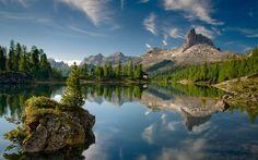 ITALY,, LAKE FEDERA & BECCO DI MEZZODI MT, DOLOMITES