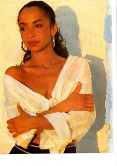 Sade: Cool as a tall glass of water. I always imagine myself on a tropical beach when I hear her. Sade Adu, Quiet Storm, Marvin Gaye, Easy Listening, Vie Simple, Hip Hop, Music Wall Art, Diamond Life, Shows