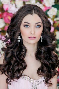 idée de coiffure mariage romantique -cheveux longs détachés et ondulés