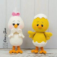 Ravelry: Coco the Little Chicken pattern by Carolina Guzman