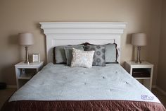 DIY Mantel molding headboard-this site has a good tutorial on how to make this. I like that it makes a narrow shelf up top. Diy Projects Headboards, Headboard Designs, Diy Headboards, Headboard Ideas, Mantel Headboard, Headboard Benches, White Headboard, White Mantel, Diy Mantel