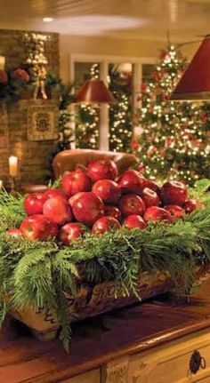 A great way to decorate fruit bowls for the holidays! #christmas #homedecorations
