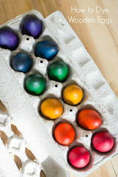 How to dye wooden eggs to be used as toys or for decoration. My toddlers love these. #diy #woodentoys