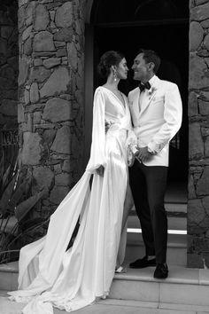 Wedding Goals, Chic Wedding, Wedding Styles, Wedding Photos, Dream Wedding, Garden Party Wedding, Forest Wedding, Italian Garden, Italy Wedding