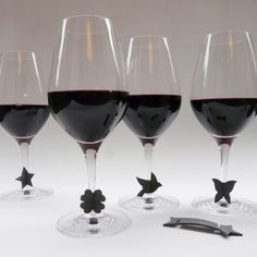 Cute Drink markers...like bow-ties for your wine glasses.