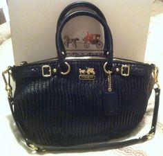 AUTHENTIC COACH MADISON LEATHER PURSE NWT