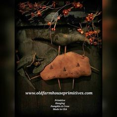 """#Primitive #fall #jackolantern #halloween #handmade #usa #crow"" Photo taken by @oldfarmhouseprimitives on Instagram, pinned via the InstaPin iOS App! http://www.instapinapp.com (09/16/2015)"