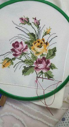 many floral cross stitch designs Cross Stitch Letters, Cross Stitch Bookmarks, Cross Stitch Borders, Cross Stitch Rose, Cross Stitch Samplers, Modern Cross Stitch, Cross Stitch Flowers, Cross Stitch Charts, Cross Stitch Designs