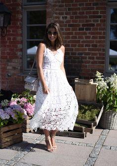 Outfit: Self-Portrait Azaelea Look Alike Lace Dress