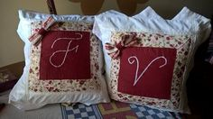 cuscini lettere