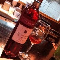 Uno de mis vinos favoritos de Portugal Quinta DasAmoras Rosado. fresco y suave en boca
