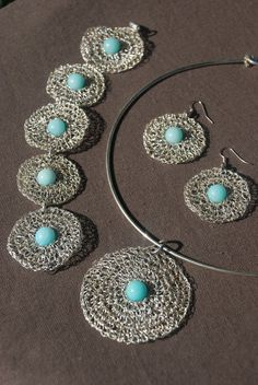 silver wire crochet pendant with amazonite bead by Sierelantijn