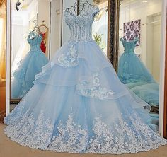 AHS037 New Arrival A-Line Blue Deep-V Prom Dresses with Appliques Train 2017