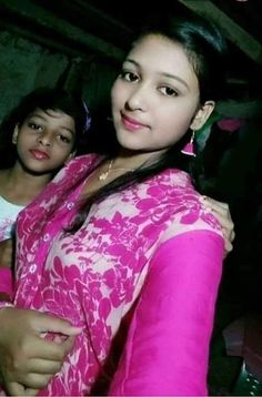 Indian beautiful teenage girls sexy images and spicy navel images and thunder thighs sexy legs images and sexy boobs picture and sexy cleava. Beautiful Blonde Girl, Beautiful Girl Photo, Desi Girl Selfie, Dehati Girl Photo, Desi Girl Image, Indian Girl Bikini, Bikini Girls, Girl Number For Friendship, Girl Friendship Quotes