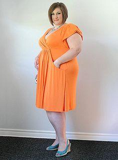 Meet Judy our Curvy Beauty wearing the IGIGI by Yuliya Raquel Lanai Dress!