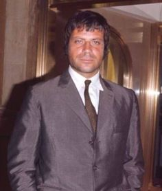 Oliver Reed. One of my favourite actors. What eyes........free spirits/evil spirits.............run free. xx
