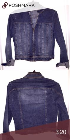 Zippered Jean Jacket Zipper Jean Jacket in size small comes in LIKE NEW condition. Super cute! Angel Jeans Jackets & Coats Jean Jackets