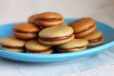 Peanut Butter-Chocolate Whoopie Pies by Cate's World Kitchen Chocolate Whoopie Pies, Chocolate Peanut Butter, Whoppie Pies, Cream Cheese Cupcakes, Cookie Recipes, Dessert Recipes, Best Sweets, Bread And Pastries, Healthy Treats