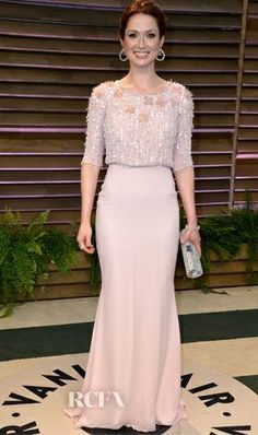 Ellie Kemper In Georges Hobeika Mother Of Bride Outfits, Mother Of Groom Dresses, Mothers Dresses, Elegant Outfit, Elegant Dresses, Nice Dresses, Mob Dresses, Modest Dresses, Grey Prom Dress