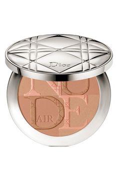 Dior Summer 2016 Milky Dots collection: Diorskin Nude Air Glow Powder in 002 Fresh Light