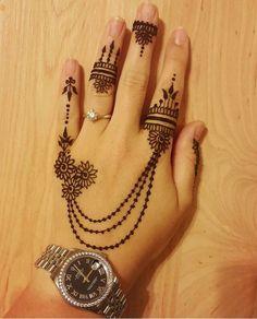 Pretty Henna Designs, Finger Henna Designs, Mehndi Designs Book, Mehndi Designs 2018, Modern Mehndi Designs, Bridal Henna Designs, Mehndi Designs For Girls, Mehndi Design Photos, Henna Designs Easy