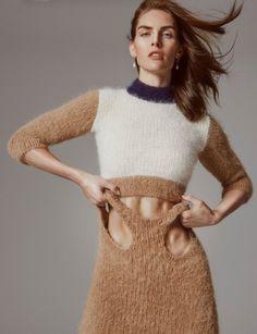 maedchenpeitsche:  factoryoffur:  Hilary Rhoda by Charlotte Wales for Pop Magazine Fall/Winter 2015   Ein klasse Outfit für eine brave Wollsklavin