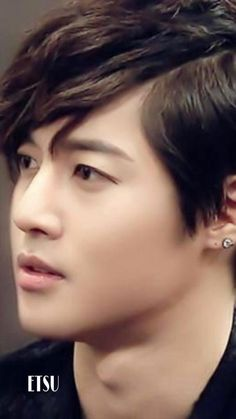 Kim Hyun Joong 김현중 ♡ Kpop ♡ Kdrama ♡ #neverleaveKHJ #Waiting4KHJ #Praying4KHJ 埋め込み画像