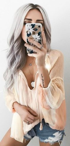 Summer Outfit Blouse Plus Shorts - Women's Style - Outfits Denim Fashion, Boho Fashion, Fashion Outfits, Womens Fashion, Fashion Design, Fashion Trends, Luxury Fashion, Hollister, Street Style Outfits