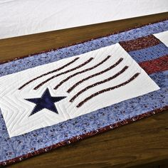 Appliqued table runner tutorial; perfect decor for Memorial Day or Fourth of July!