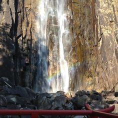 那智御滝 飛瀧神社 間近で那智の滝の飛沫をいただけます 虹がでてた  #那智ノ滝 #那智勝浦 #飛瀧神社 #滝 #虹 #神様 #参拝 #nachi #waterfall #hirojinjashrine #rainbow #instawaterfall #nachiwaterfall (by misheng1976)