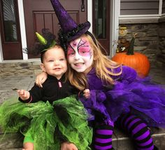 Happy Halloween! Sister Witch Costume. Green Witch. Baby witch costume. DIY Toddler Witch Costume. Purple Witch Costume. Tulle Skirt. Tulle Witch. Witch Face Paint