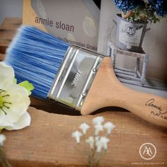 Annie Sloan™ Flat Brushes at Atelier Autêntico