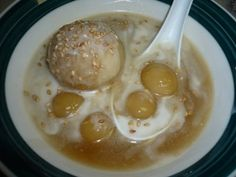 che troi nuoc   (lots of Viet desserts/food recipes)